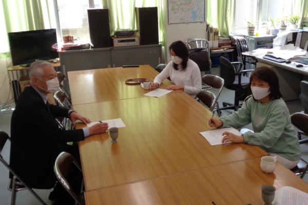 johokukai_office